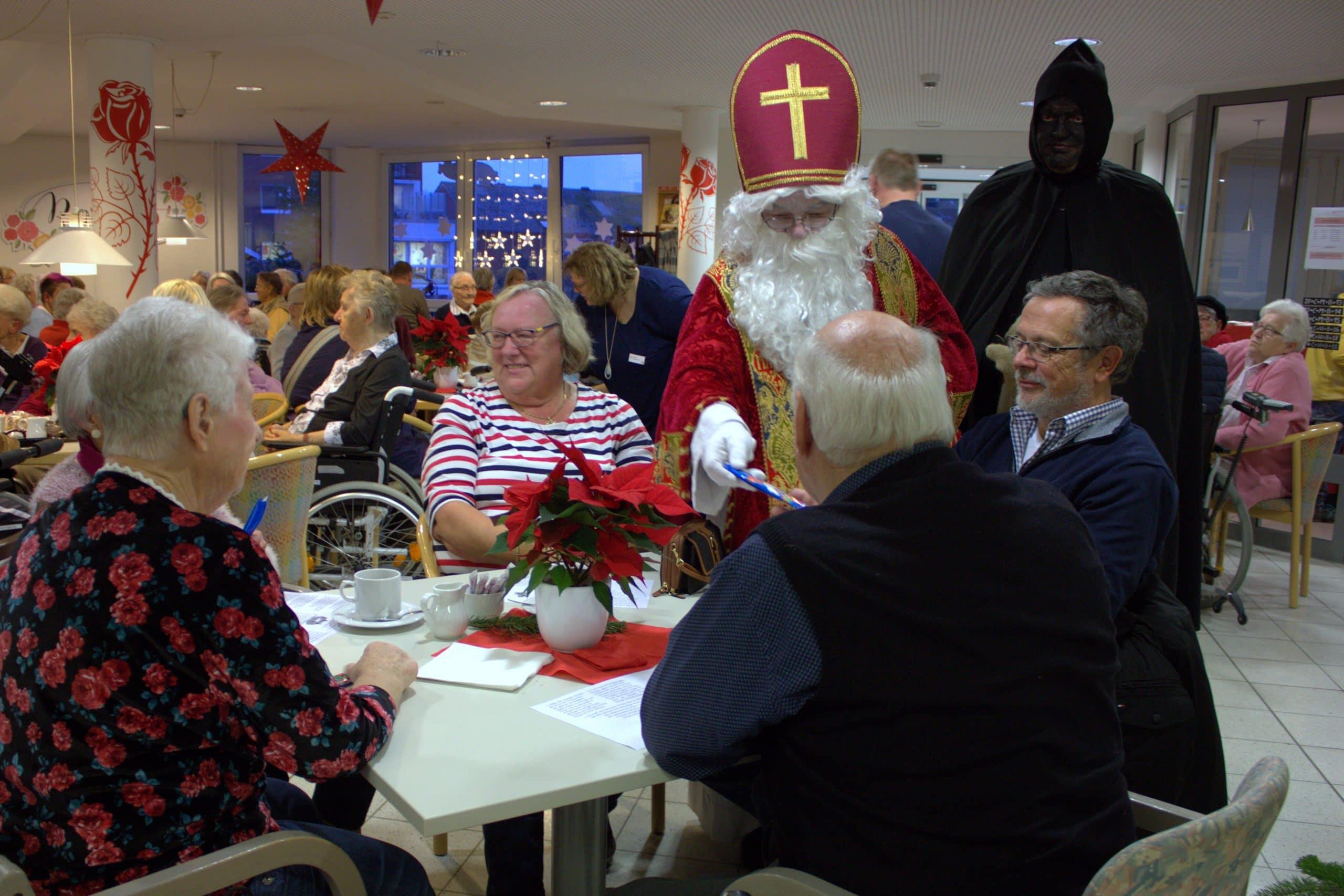 Traditioneller Adventszauber lockt zahlreiche Besucher