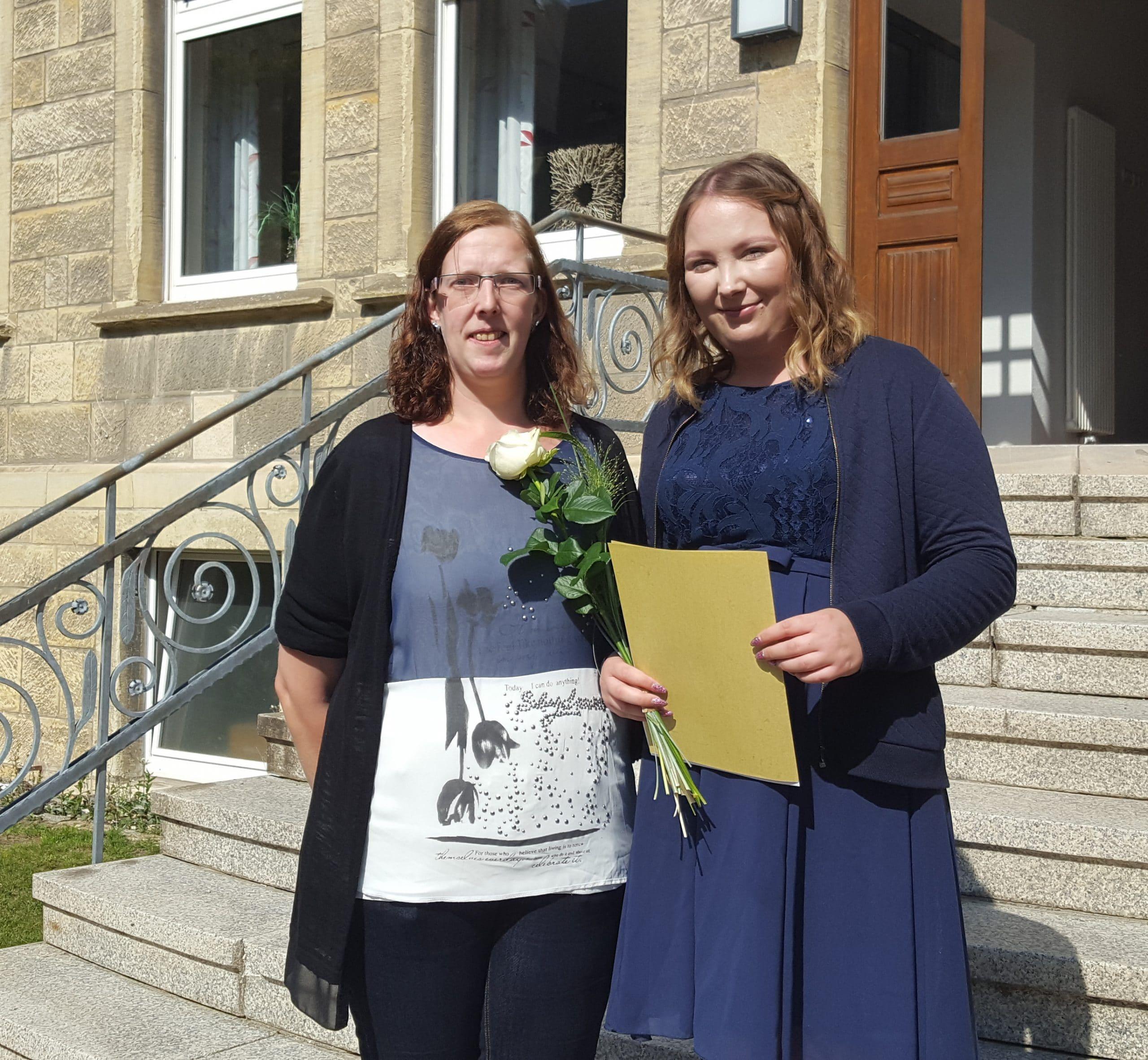 Das St.-Elisabeth-Stift gratuliert Louisa Mersmann zur bestandenen Prüfung