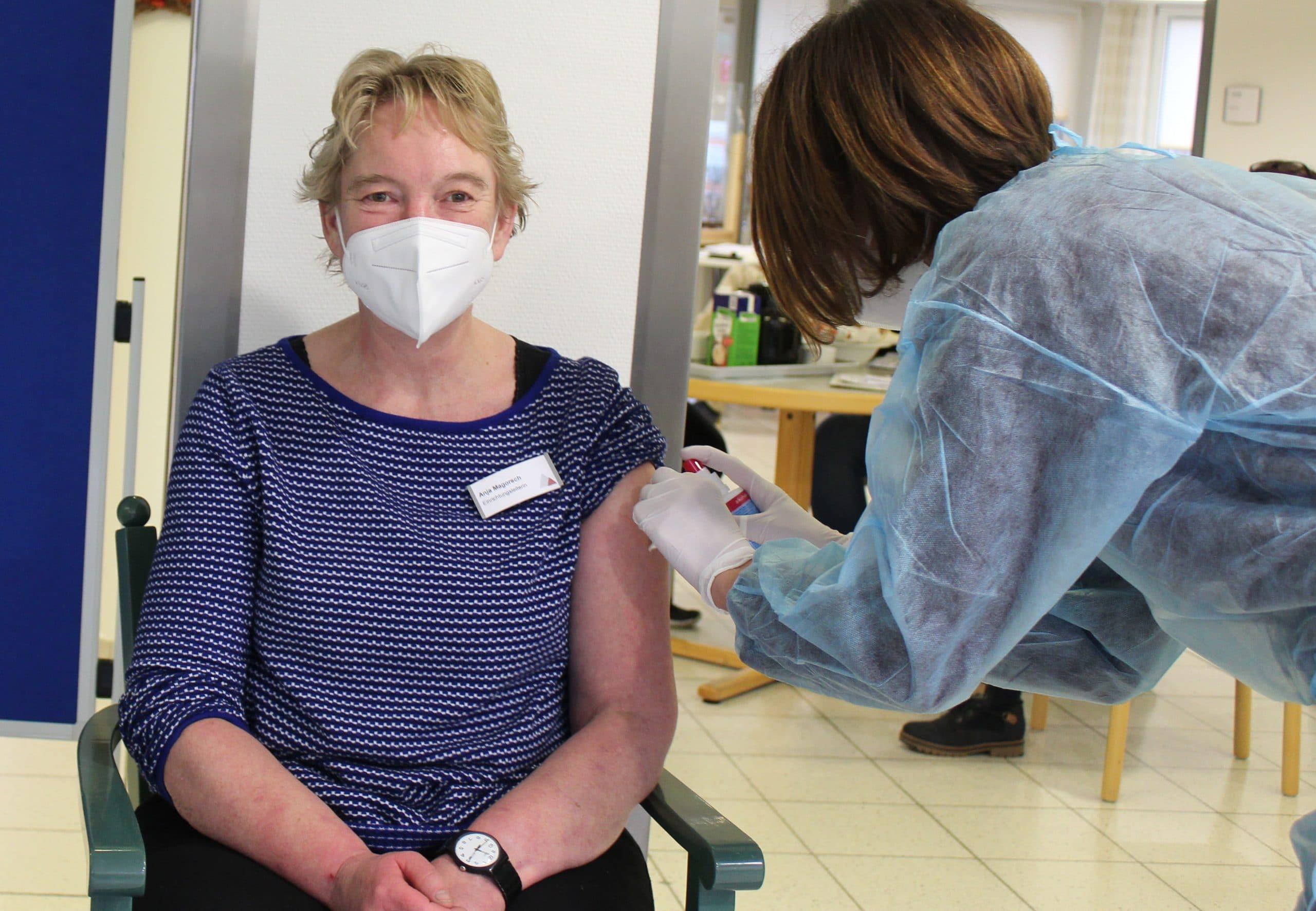 Impfstart im St. Elisabeth-Stift